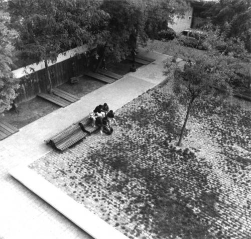 PLAÇA DE MERCÉ RODOREDA/ PRAT DEL LLOBREGAT, BARCELONA 1989/ AJUNTAMENT DEL PRAT DEL LLOBREGAT/ col.laboradora Marta Bosch arq.