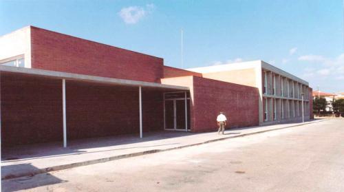 ESCOLA PRIMARIA 3 D'ABRIL/ MORA LA NOVA, TARRAGONA 1997/ GENERALITAT DE CATALUNYA